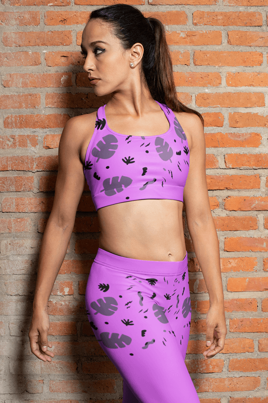 Mockup Of A Woman Wearing A Sports Bra And Leggings